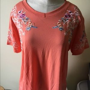 Embroidered tee shirt